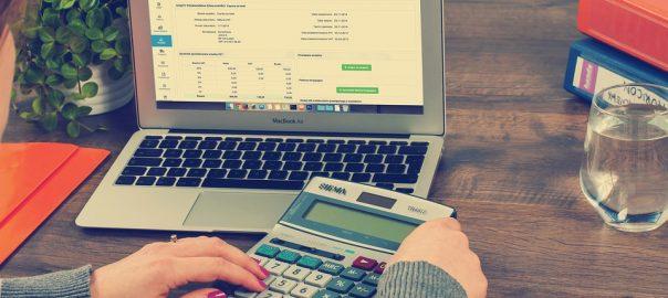 ноутбук, калькулятор, расчет